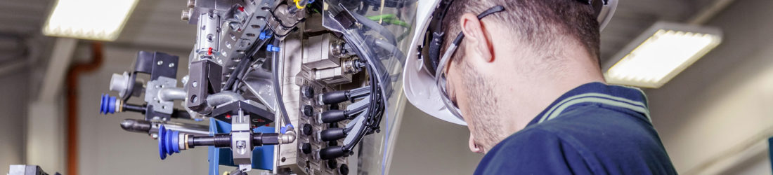 Mechatronics Maintenance Technician – Engineering Technician Level 3